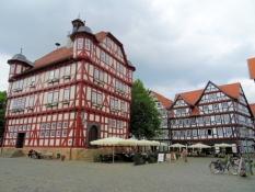 Rathaus und Markt in Melsungen