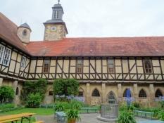 Kloster Haydau, Klosterinnenhof mit Kreuzgang