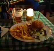 Aftensmad på OʹLearyʹs Pub i Kristianstad/Supper at OʹLearyʹs Pub in Kristianstad