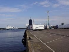 Parti fra Klaipeda havn med færgen i baggrunden/Klaipeda harbour with the ferry in the background