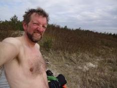 Et bad på naturiststranden/A skinny dip at the naturistʹs beach