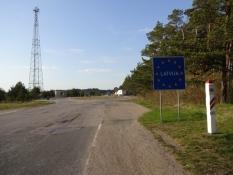 Grænsen til Letland er et farvel til gode veje/The border to Latvia is a good-bye to good roads