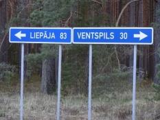 Fra armlægningsdysten mellem Liepaja og Ventspils/The arm wrestling contest Liepaja vs. Ventspils