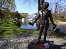 Smuk statue af den russiske forfatter Aleksandr Pusjkin/Statue of the Russian writer A. Pushkin