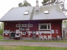 Her bor Pikseke Campings lejrchef/Here Pikseke Campingʹs camping warden lives