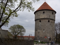 I tårnet ʺKiek in de Kökʺ holdt artilleristerne til/This tower was the base of the artillerists