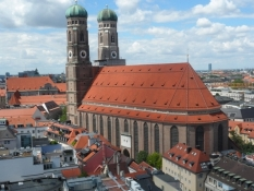 Frauenkirche rager godt op i bybilledet