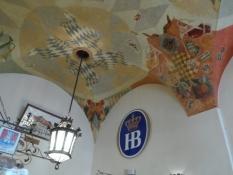 Loftet er pyntet flot i Hofbräuhaus