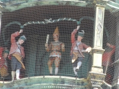 Klokkespilsfigurer i rådhustårnet