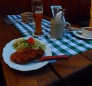 Aftensmad på rådhuskroen i Bad Tölz