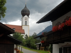 Bayersk idyl. Kirken i Obergrainau