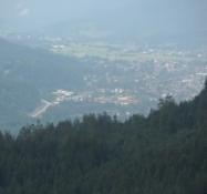 Del af Garmisch-Partenkirchen set fra svævebanen