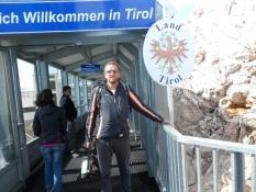 Grænsen til Østrig (Tirol) går på toppen af Zugspitze