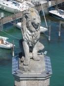 Den bayerske løve over for fyrtårnet.