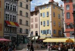Le Puy-en-Velay,  Place du Plot