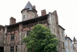 Cahors, Maison Henri IV