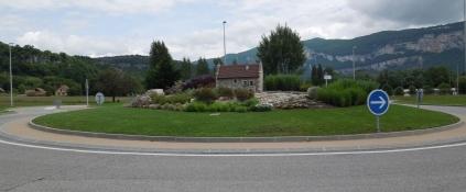 Kreisel bei Murs-et-Gelignieux