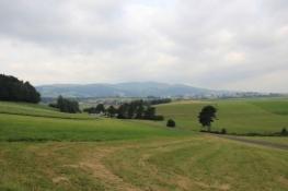 Im Hügelland vor St. Oswald