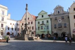 Český Krumlov, Marktplatz mit Pestsäule