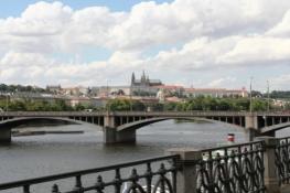 Prag, der erste Blick auf den Burgberg