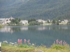Udsigt over Silser-søen mod byen Segl Baselgia/A view across the lake Segl towards Segl Baselgia