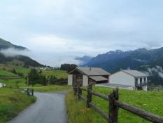 Nedkørsel fra Guarda i regnvejr/Descent from Guarda in rainy weather