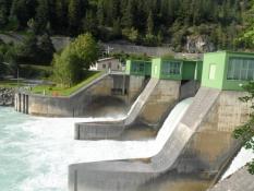 Lille vandkraftværk nær Landeck/A small hydropower station near Landeck