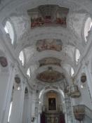 Klosterkirkens indre var netop blevet restaureret/The abbey church interior had just been renovated