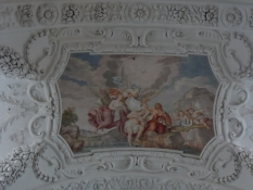 Forbløffende klare og detaljerede loftsmalerier/Amazingly clear and detailed painting on the ceiling