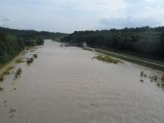 Isar er gået over sine bredder efter al den regn/The Isar has flooded its brinks after all that rain