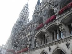Münchens drøm af et nygotisk rådhus/Munichʹs dream of a neogothic city hall
