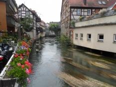 Byatmosfære langs floden Wiesent/Town atmosphere along the small stream of Wiesent