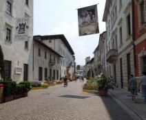 Trento, Via R. Belenzani