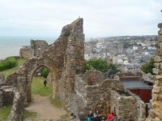 Der er ikke meget tilbage af Vilhelm Erobrerens stolte borg/Not much is left of Williamʹs stronghold