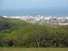 Udsigt over Eastbourne fra en bakke/A view over Eastbourne from a hilltop