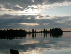 Aftenstemning over Pyhäjärvi/Evening atmosphere at lake Pyhäjärvi