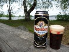 Tjekkisk øl i Finland! I dansk plasticbæger/Czech beer in Finland! In a Danish plastic mug
