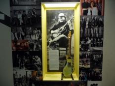 Rockmusikeren Juice Leskinen i bymuseet/Rock musician Juice Leskinen features in the city museum