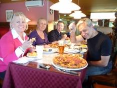 Mine værter samt deres datter Jenny og søn Markku/My hosts and their daughter Jenny and son Markku