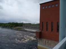 Vandkraftværket nær Kemijokis udmunding/Hydroelectric plant near the mouth of river Kemijoki