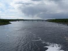 Finlands største flod er meget bred/Finlandʹs biggest river is very broad