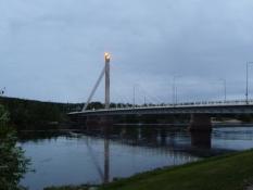 Jatkankynttilä-broen. ʺKynttiläʺ=stearinlys!/The jatkankynttilä bridge. Kynttilä means candle