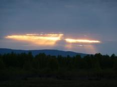Midnatssol over ødemarken/Midnight sun above the wilderness