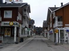 Husene prøver at skabe en alpeatmosfære/The houses try to create an alpine atmosphere