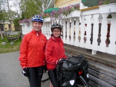 De søde finske langturscyklister/The charming Finnish long travelling cyclists