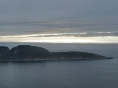 Knivskjellodden set fra Nordkap/The Knivskjell headland seen from the North Cape