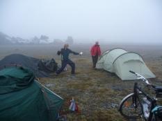 Vores fede lejr på Nordkap/Our happy North Cape camp