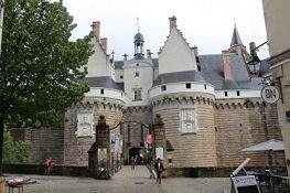 Nantes, Château des ducs de Bretagne, Haupttor