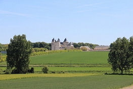 Château de Montpensier bei Seuilly