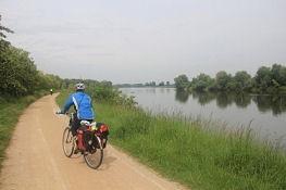 Loire-Radweg bei Tavers